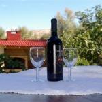 Uvijek spremna kapljica crnog stolnog vina